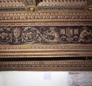 <span>Ferrara, Palace of Ludovico il Moro, wooden ceiling</span><i>→</i>